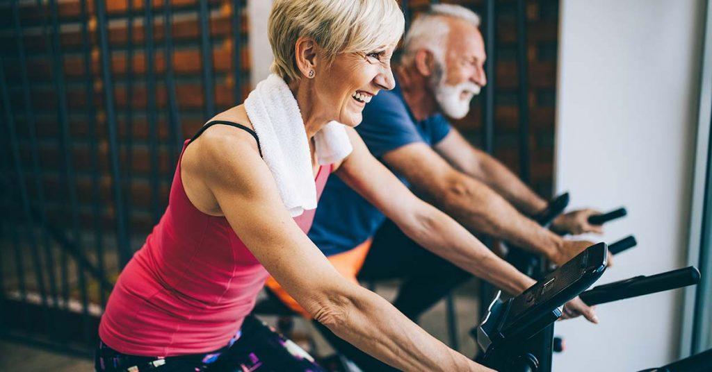 Perda da massa óssea que causa a osteoporose pode ser prevenida com hábitos saudáveis