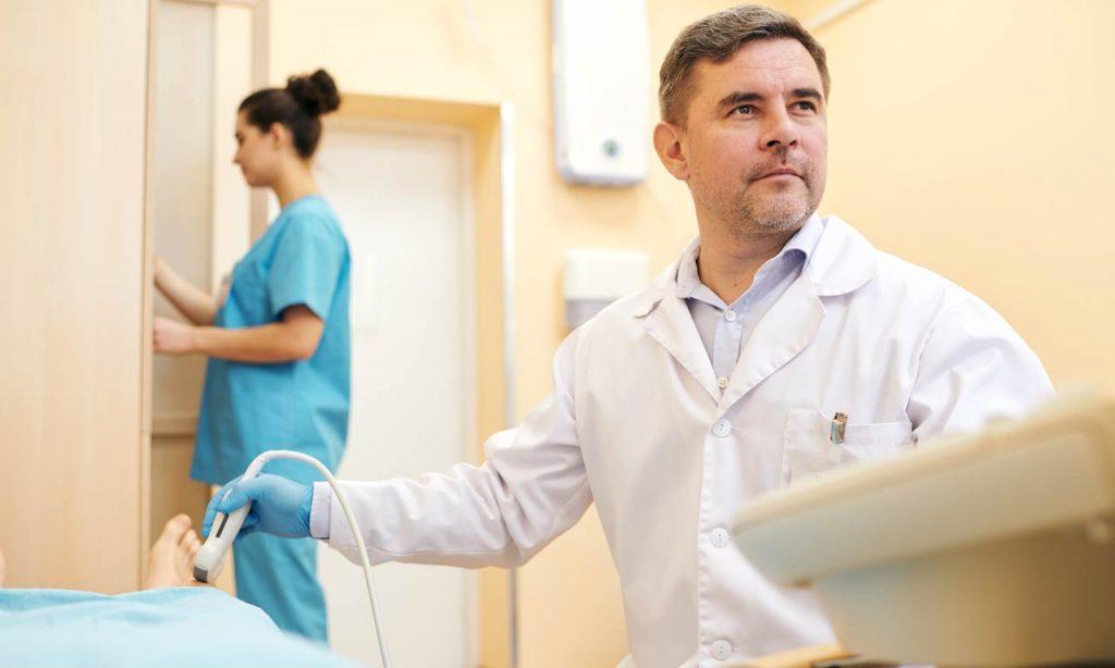 Ultrassom vascular é indolor e preciso na avaliação de varizes, tromboses e carótidas